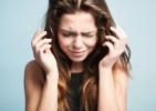 「涙は女の武器」は本当だった!泣くことのメリットとは?