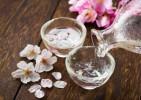 日本酒は女性に嬉しい効果がいっぱい!熱燗で美容チャージ